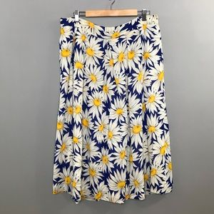 ⭐️NEW ARRIVAL Vintage Daisy Blue Summer Skirt 20W